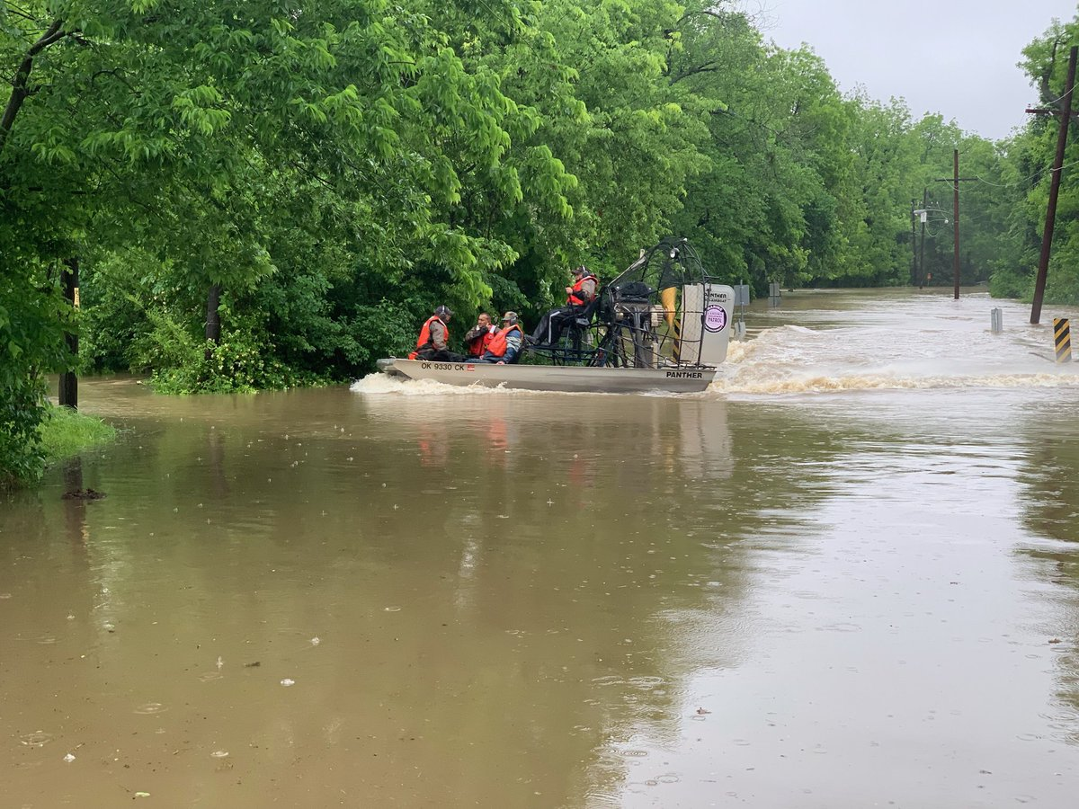 Oklahoma state troopers carry out response operations near the city of Skiatook. (Photo courtesy of the Oklahoma Highway Patrol and Department of Public Safety.)