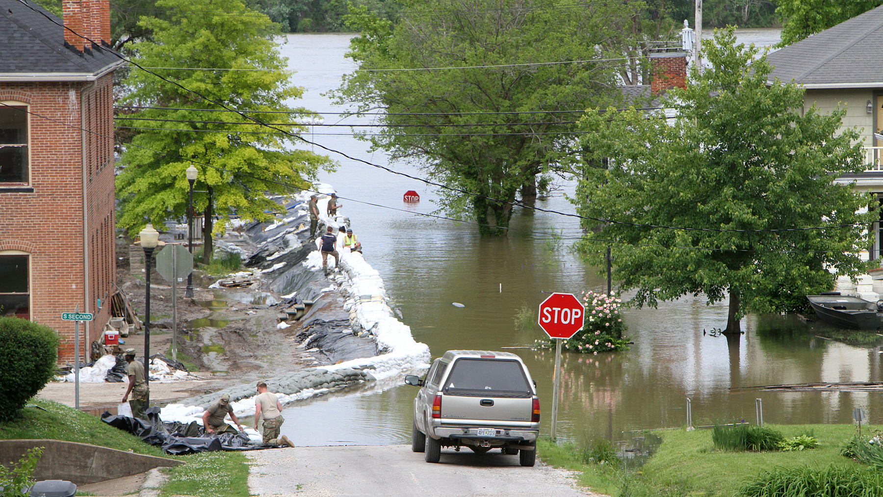 Flooding inundated Clarksville, Missouri, in May, 2019, and rising floodwaters have continued to impact Missouri and a handful of other states in the weeks since. Direct Relief is working to support health care facilities in these communities as they treat patients. (Photo by Missouri Army National Guard Staff Sgt. Christy Van Drunen)