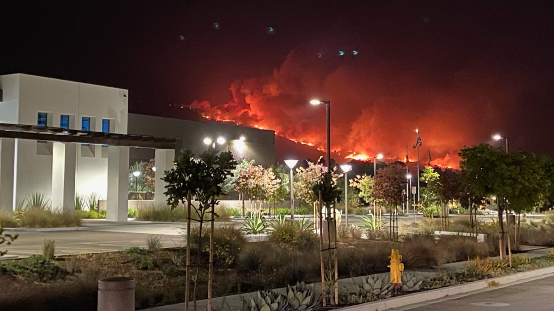 The Cave Fire burns in the mountains surrounding Direct Relief's HQ last night. (Katie Arnold/ Direct Relief)