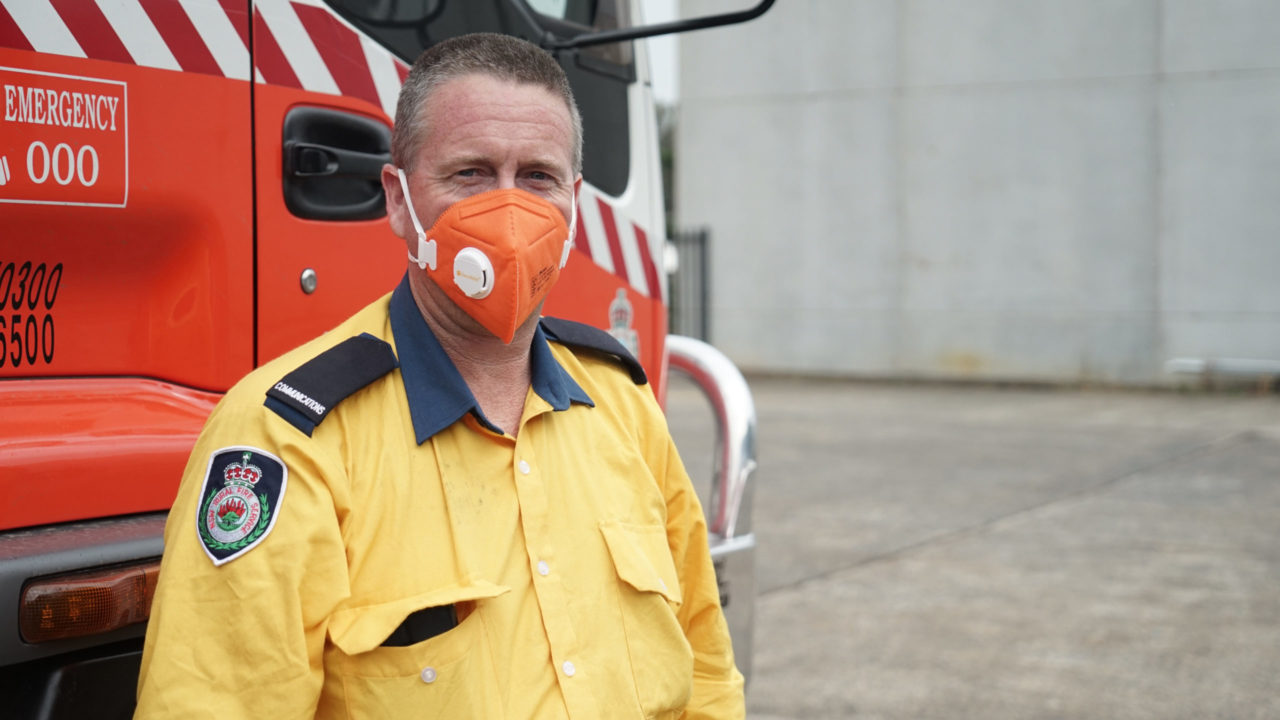Firefighter Kurt Hill of Albion Park Rural Fire Service loads 15,000 Direct Relief N95/P2 masks in Picton, New South Wales, Australia. The area has been seriously impacted by bushfires and 30 homes have been lost in the surrounding area since 2019.  (Lara Cooper/Direct Relief)