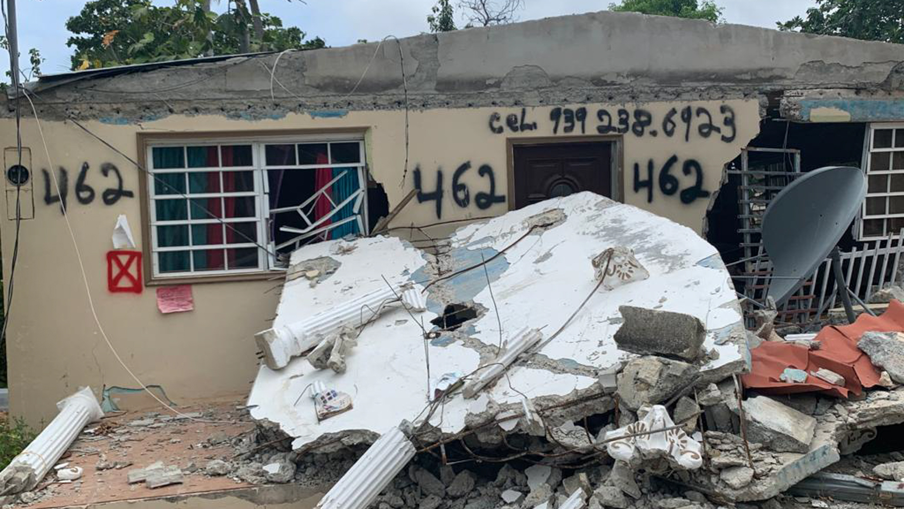A damaged house in the south of Puerto following a 5.4-magnitude earthquake that rattled the island on May 2, with aftershocks reverberating since. (Direct Relief)