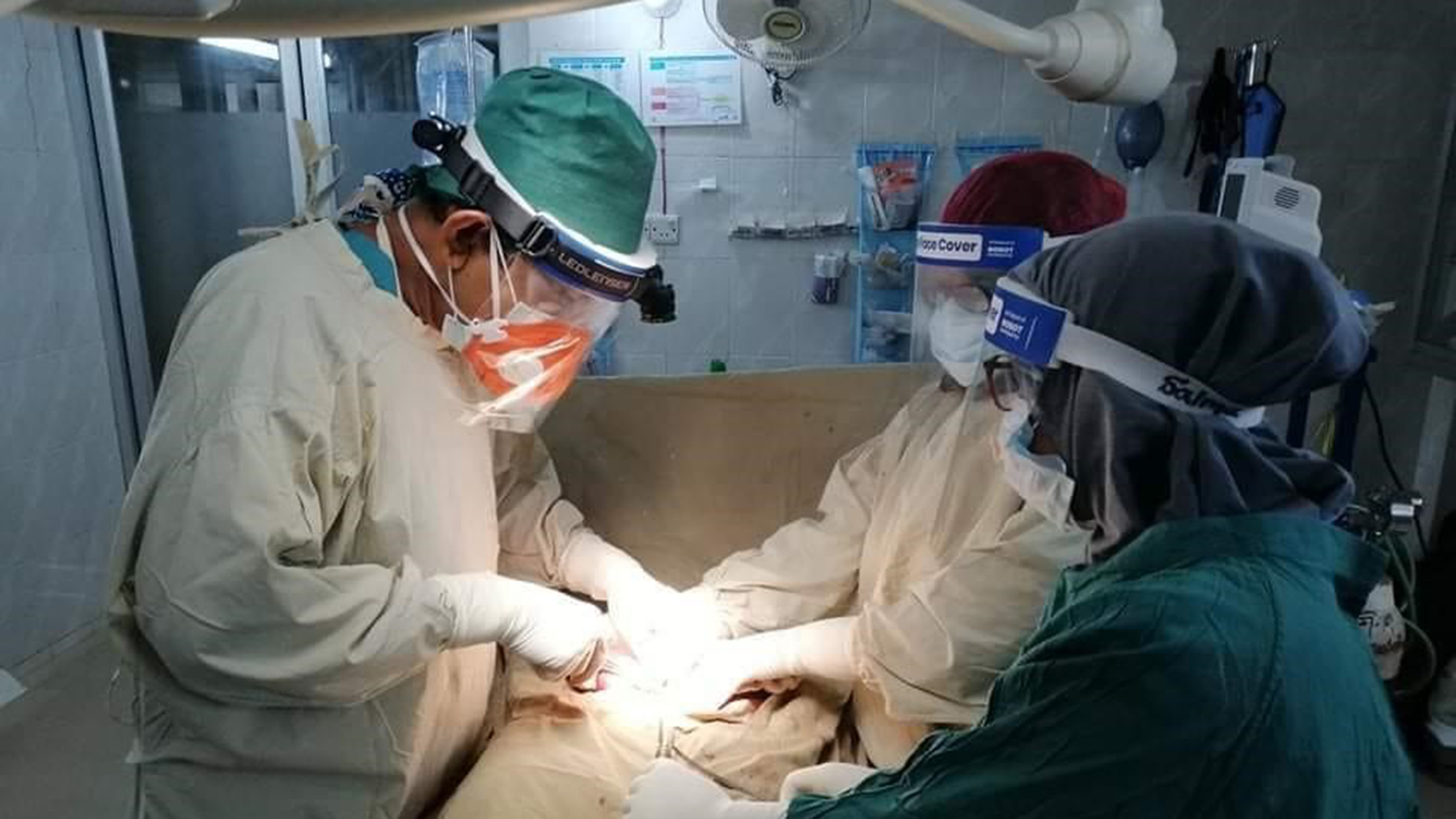 Health care workers at HOPE for Bangladesh's field hospital conduct a surgery. (Photo courtesy of HOPE for Bangladesh)