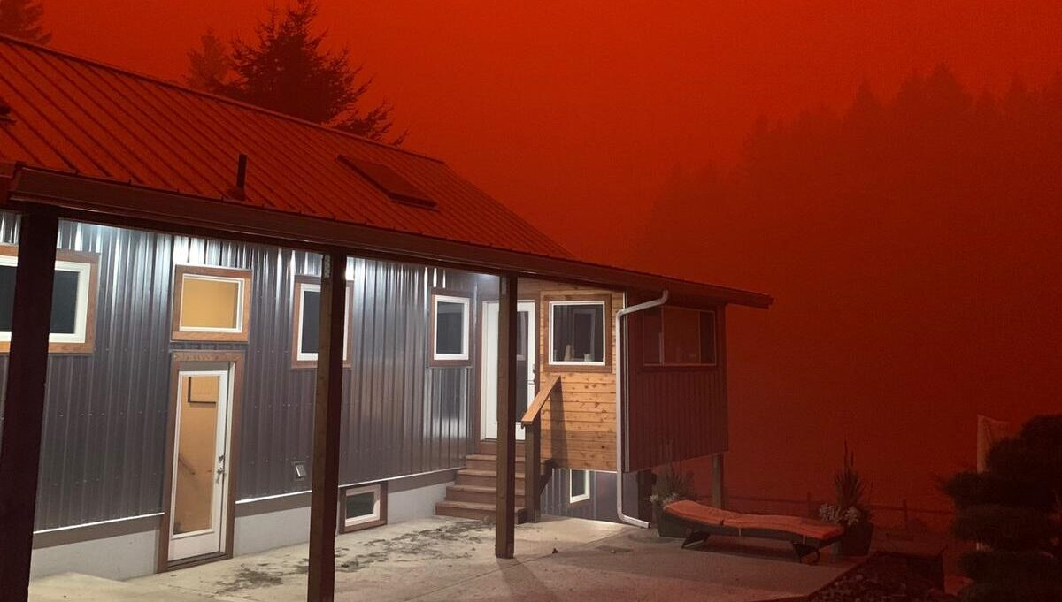Wildfire-produced ash and smoke have led to apocalyptic images, like this, shot in an area between Stayton and Lyons, Ore. (Photo courtesy of Zach Zinda)