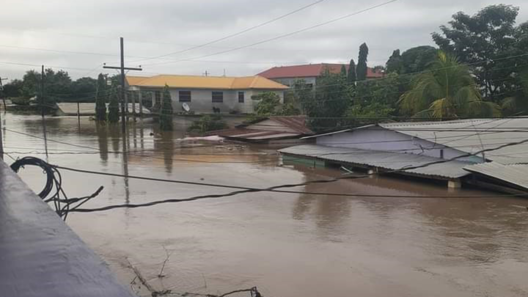 Hurricane Iota, a Category 4 storm, left whole neighborhoods underwater in Honduras. (Photo courtesy of Dr. Alexander Sánchez Paz)