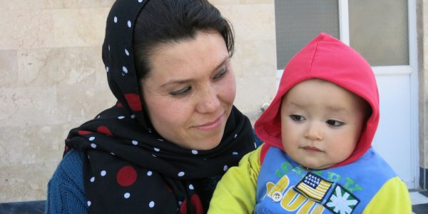 Inspiring Moms of May: Afghan Mom Becomes a Neonatal Nurse