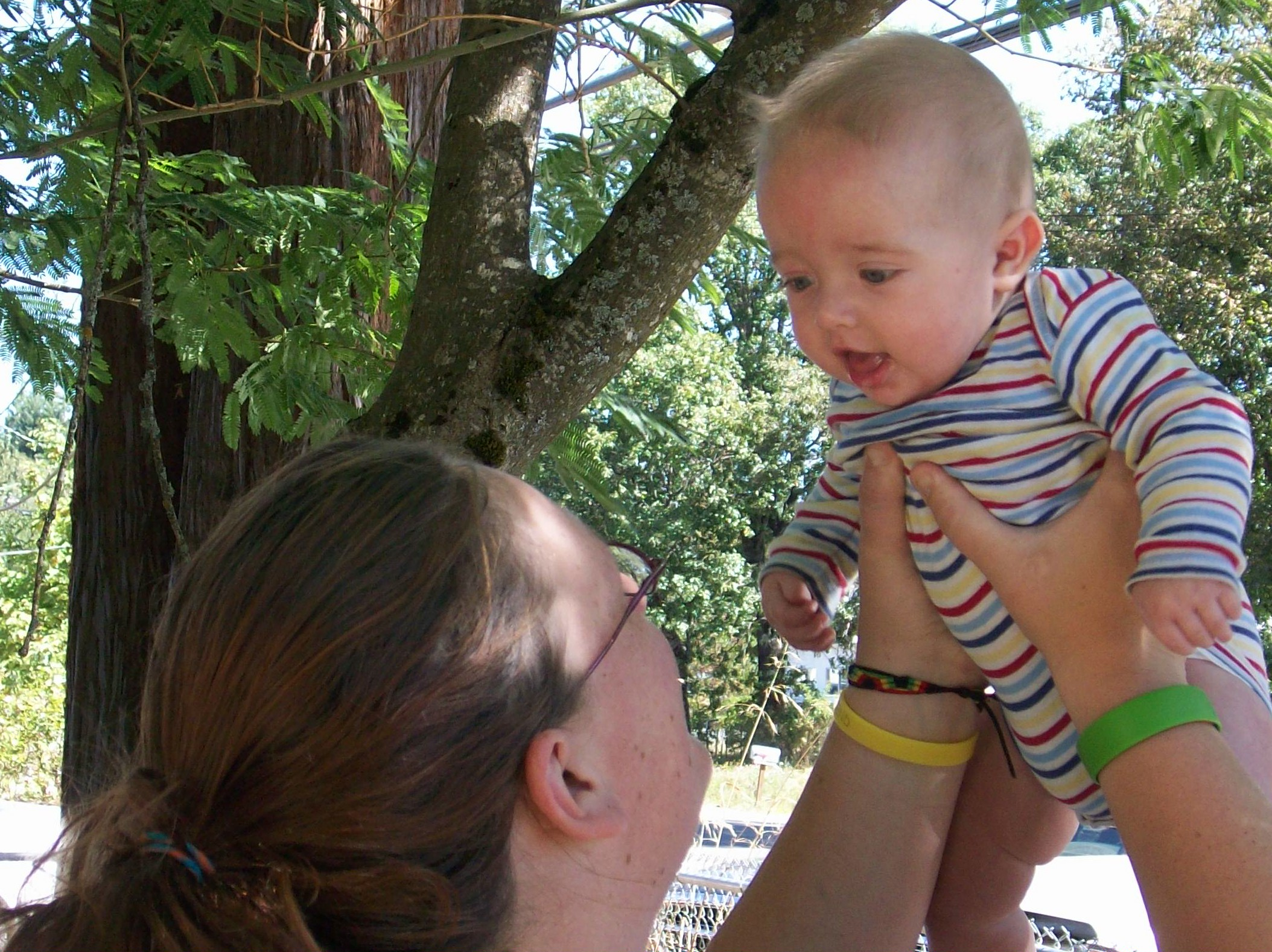 A mother plays with her baby at one of Siskiyou Community Health Center's meet ups to support new moms and babies. Photo courtesy of Siskiyou Community Health Center. (Baby in picture does not represent baby described in the text.)