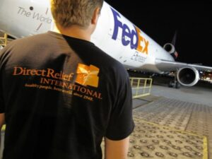 DRI-staff-and-FedEx-Plane-600x450