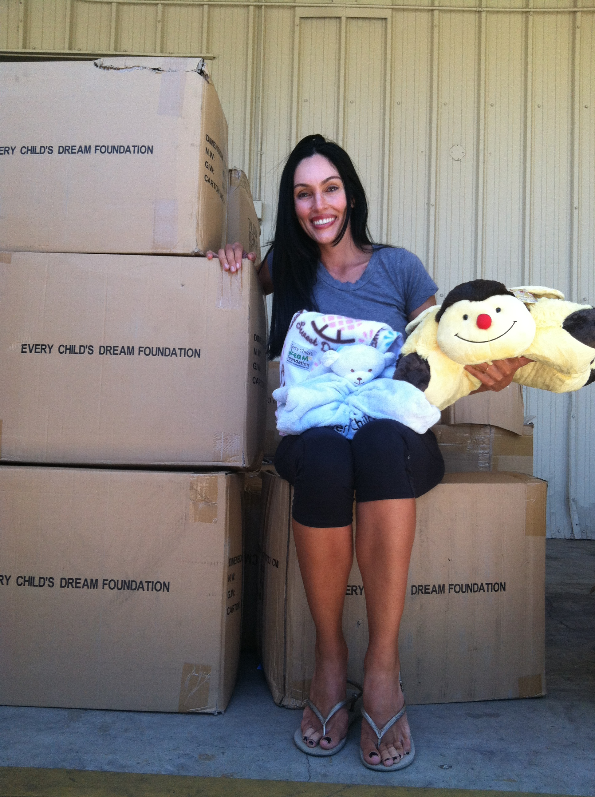 Every Child Cares Foundation Founder Drops off Boxes of Infant Blankets