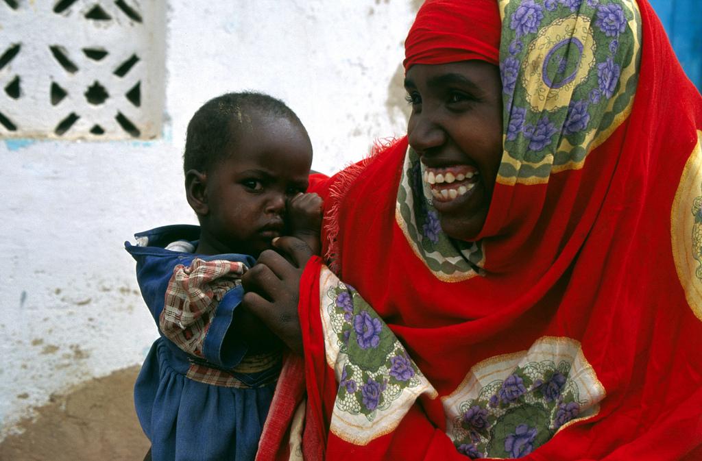 Somalia, Burao, 2000matka s ditetem