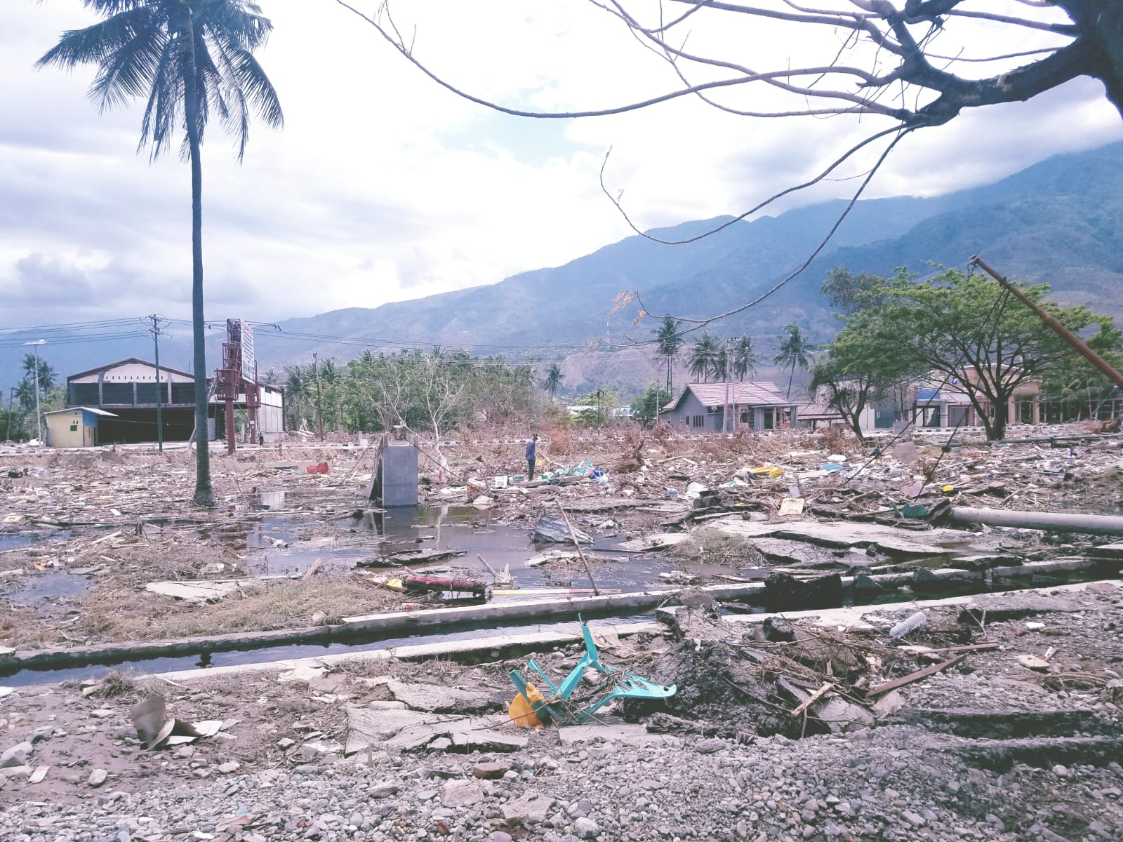 Destruction in Palu, Indonesia. (Gordon Willcock/Direct Relief)